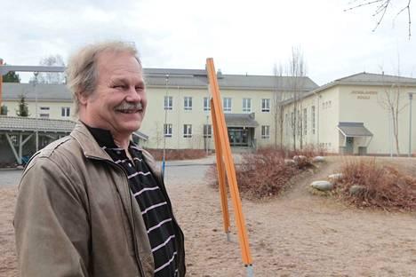 –Tunnelma on tällä hetkellä positiivinen, Juokslahti Seura ry:n puheenjohtaja ja kaupunginvaltuutettu Markku Sipilä kommentoi sivistyslautakunnan esitystä liittyen kyläkoulujen tulevaisuuteen.