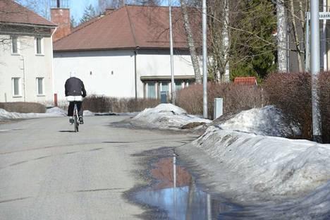 Valkeakoskelle on ennustettu perjantaiksi keväistä säätä.