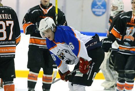 Ahman Teemu Koski tehtaili sunnuntain ottelussa kaksi maalia.