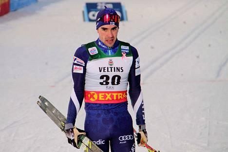 Ristomatti Hakolan MM-avaus päättyi pettymykseen miehen pudottua sprintin puolivälierässä jatkosta.