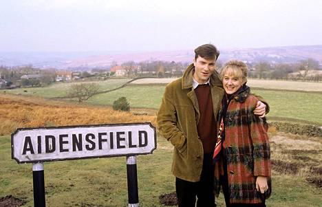 Nick Rowania näyttelee Nick Berry ja hänen Kate-vaimoaan Niamh Cusack.