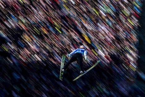 Markus Eisenbichler hyppäsi maailmanmestariksi Seefeldissä.
