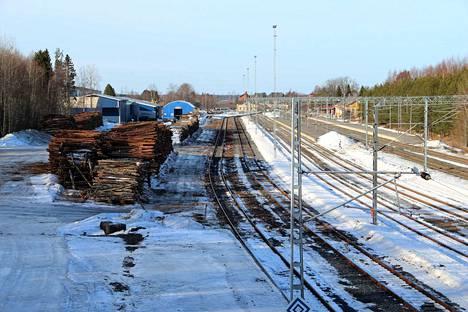 MTK ajaa Kokemäen ratapihalla sijaitsevan puutavaran lastauspaikan peruskunnostusta ja laajentamista. Järjestö pitää kuormauspaikkaa tärkeänä koko läntisen Suomen puuhuollolle.