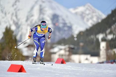 Krista Pärmäkoski tuli lopun kuin lentäen. Mitali jäi lopulta 1,4 sekunnin päähän.