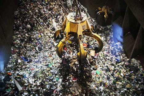 Sopimuksen mukaan Fortumin piti rakentaa jätevoimala Salon Korvenmäkeen. Näin ei kuitenkaan tapahtunut. Nyt kuntien jätelaitokset vaativat yhtiöltä korvauksia hukkaan menneen kilpailutuksen aiheuttamista vahingoista.
