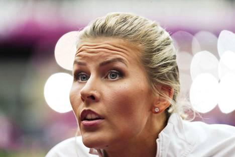 Kristiina Mäkelä hyppää perjantaina kello 14 alkavassa kolmiloikan karsinnassa.