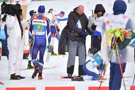 Iivo Niskanen oli osuutensa nopein. Ruotsin Calle Halfvarsson (5) väsyi pahasti Niskasen kyydissä.