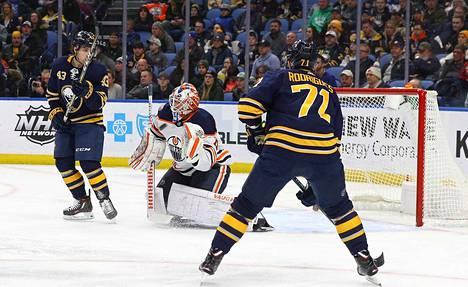 Mikko Koskinen pysäytti Buffalo Sabresia vastaan 35 laukausta.
