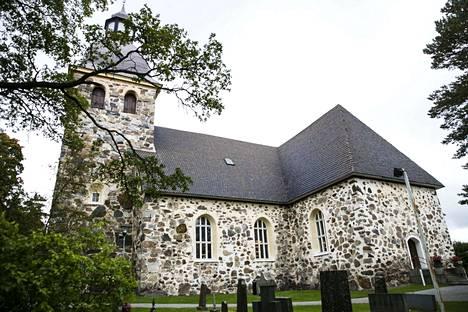 Ruutanan koulun joulujuhla järjestettiin vuonna 2018 Kangasalan kirkossa. Juhlasta tehtiin kantelu Länsi- ja Itä-Suomen aluehallintovirastoon.
