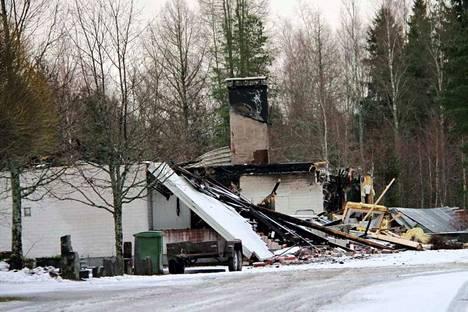 Omakotitalo tuhoutui tuhopoltossa joulukuussa 2017.