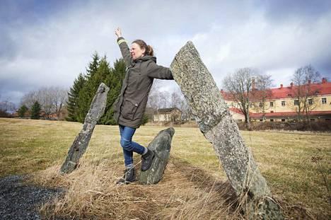 Sastamalalainen Outileena Uotila tempaisee tänä keväänä, paitsi Sastamalan juhlavuoden, myös kävelyn filosofian vuoksi.