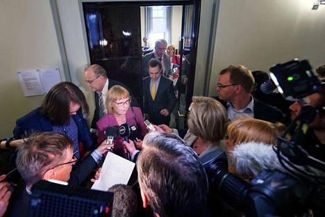 Perustuslakivaliokunta on lopettanut sote-uudistuksen käsittelyn, Yle kertoi lähteisiinsä viitaten perjantaina. Valiokuntaa johtaa Annika Lapintie (vas.).