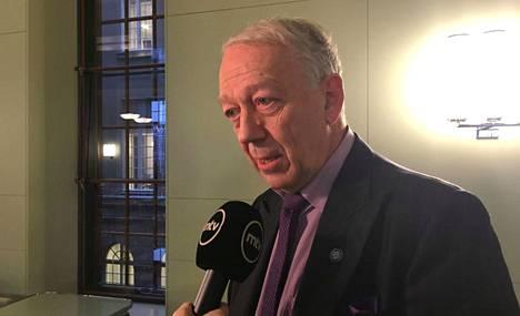 Pekka Puskan mukaan sote kaatui opposition vastustukseen ja kokoomuksen valinnanvapausmalliin.