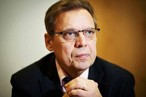Tampereen pormestari Lauri Lyly sanoo, että lähtökohtana uudistamisessa on oltava palvelut eikä rakenteet.