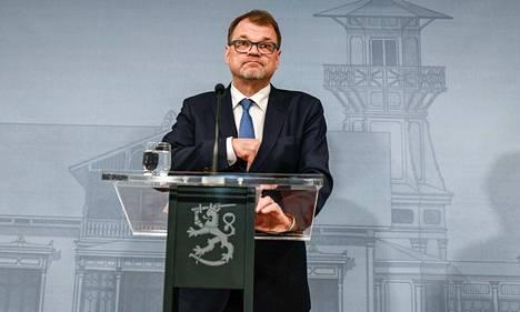Juha Sipilä kertoi tiedotustilaisuudessa Kesärannassa, että soten kaatuminen on hänelle valtava pettymys.