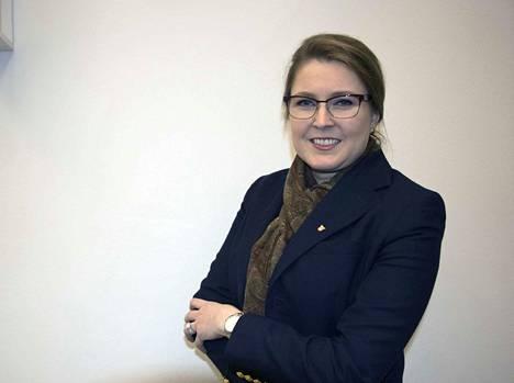 Janakkalan kunnanjohtaja Tanja Matikainen kertoo, ettei soten kaatuminen vaikuta suoraan kuntaan millään tavalla.