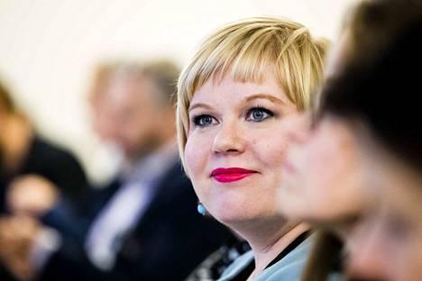 Perhe ja peruspalveluministeri Annika Saarikko (kesk.) oli hyvin pettynyt sote- ja maakuntauudistuksen kaatumiseen.