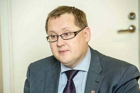Kangasalan kaupunginjohtaja Oskari Auvinen lähtisi uudistamaan sote-palveluja Pirkanmaan omien kuntien yhteistyönä.