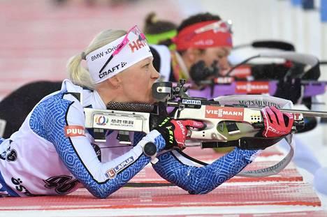 Kaisa Mäkäräinen jäi ilman mitalia Östersundin MM-kisojen 7,5 kilometrin pikakilpailussa.