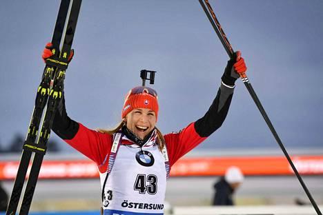 Anastasia Kuzmina tuuletti pikakisan mestaruutta Östersundissa.