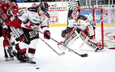 Radek Haas torjui ensimmäisessä liigapelissään 31 kertaa.