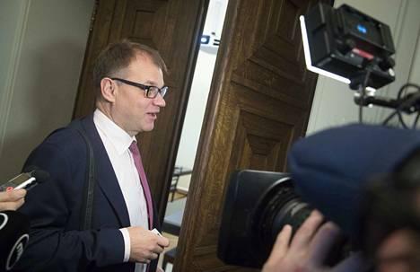 Juha Sipilä on taas parraton, kuten syksyllä 2017. Parta sai lähteä, kun sote-uudistus ei toteutunut.