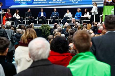 Aamulehden vaalitentti alkoi Ideaparkissa kello 15.00.