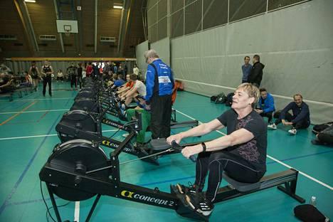 Mervi Kovanen oli hetki sitten Valkeakosken Sanomien haastateltavana. Haastattelussa hän kertoi, kuinka elämäntapamuutos auttoi häntä laihtumaan 40 kiloa. Nyt hän teki Suomen ennätyksen.