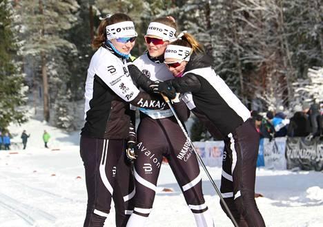 Hakan viestimestarit Hopeasomman loppukilpailussa olivat Saara Mattila, Fanny Kukonlehto ja Nora Kytäjä.