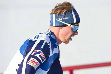 Maajoukkuetulokas Joni Mäki on ollut tällä kaudella Suomen paras sprinttihiihtäjä.
