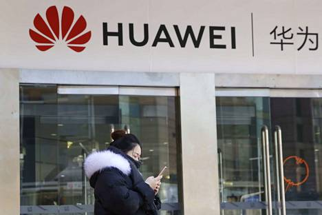 Useat valtiot ovat kieltäneet teleoperaattoreitaan käyttämästä Huawein teknologiaa. Yhtiö kiistää kaikki vakoiluepäilyt.