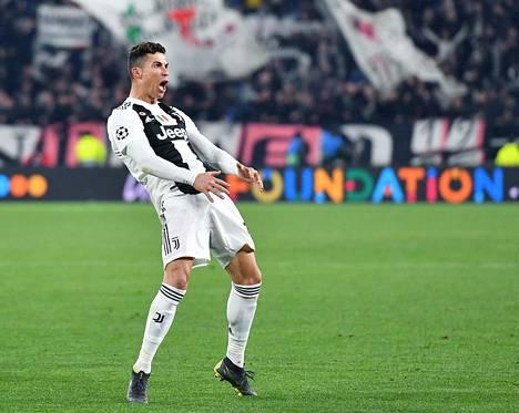 Näin Cristiano Ronaldo tuuletti, kun jatkopaikka ratkesi.