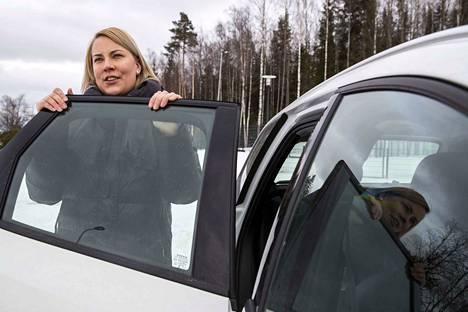 –Jes, että se kaadettiin, Niina Lätäkönmäki arvioi Kaakkois-Pirkkalan osayleiskaavan kaatumista.