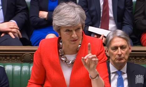 Konservatiivipääministeri Theresa May ja hänen brexit-sopimuksensa kärsivät parlamentin tiistaisessa äänestyksessä selvän tappion