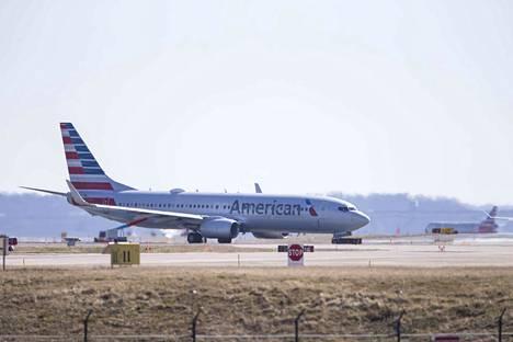 Kanada aloitti Boeing 737 Max -lentokoneiden lentokiellot Pohjois-Amerikassa.