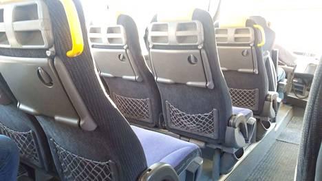 Palveluliikenteen bussikyytiin voi Vammalan alueella istahtaa vielä tänä keväänä niin, että on tilannut kyydin kännykkäsovelluksella.