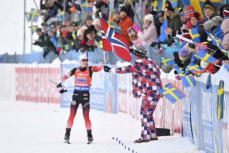 Marte Olsbu Röiseland ankkuroi Norjan viestikultaan.