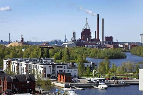 Stora Enso haluaa parantaa Oulun tehtaansa kilpailukykyä. Tämä tavoite voi viedä 400 työpaikkaa.