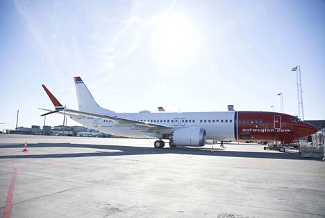 Kuvassa Norwegianin Boeing 737 MAX.