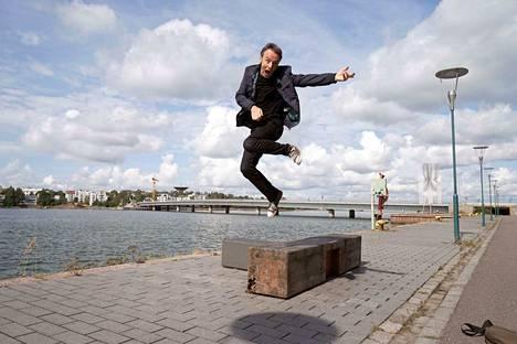Paul Oxley esiintyy lauantaina Jämsänkoskella.