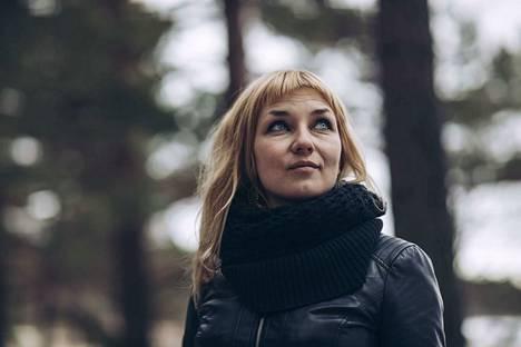 Laura Gustafsson oli Tulenkantaja-palkintoehdokkaana vuonna 2017 romaanillaan Korpisoturi.