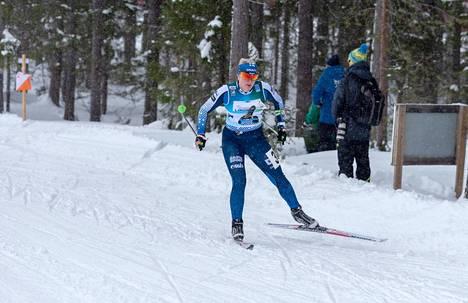 Milka Reponen sujutteli naisten pitkällä matkalla yhdeksänneksi tiistaina alkaneissa hiihtosuunnistuksen MM-kisoissa Ruotsissa.