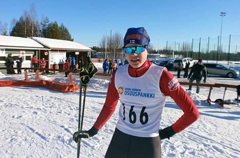 Eemil Helander hiihti lauantaina Haapajärvellä talven toisen nuorten suomenmestaruuden.