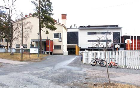 Nokian kaupunki lomauttaa 64 koulunkäynninohjaajaa ensi kesänä.