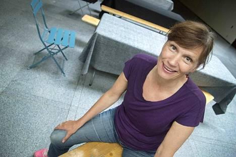 Mari Rantasila on konsertin juontaja ja yksi solisteista.
