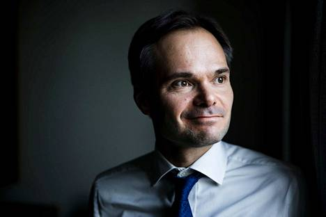 Kokoomuksen Kai Mykkänen syytti hallitusta taloudenpidon laiminlyönnistä.