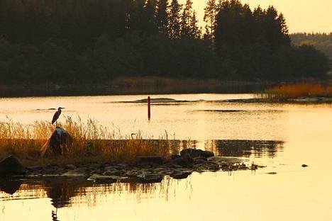 Paikkakunnan luonto tulee hyvin esiin elokuvassa.