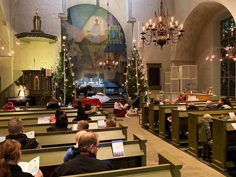 Lasten kauneimmat joululaulut soivat Noormarkun kirkossa keskiviikkona 4. joulukuuta klo 18.