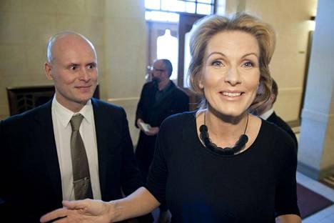 Tanja Karpela (kesk) aloitti sopeutumiseläkkeen nostamisen 40-vuotiaana.
