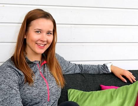 Kia-Emilia Hakalasta tuli viikon sisällä Viron ja Suomen mestari pujottelussa.